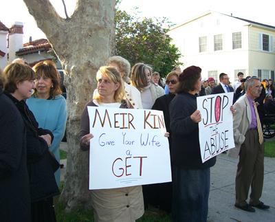 protestors-031209